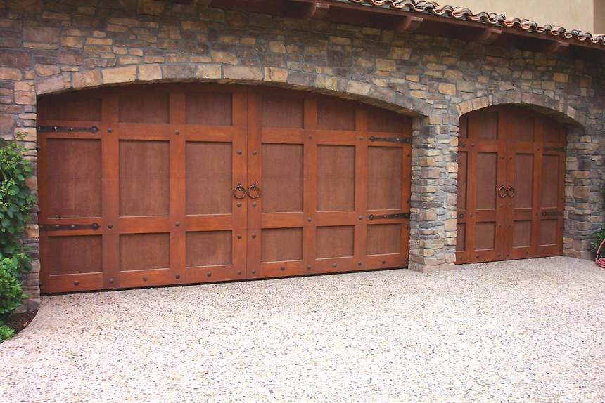 Carriage-House-Door-001