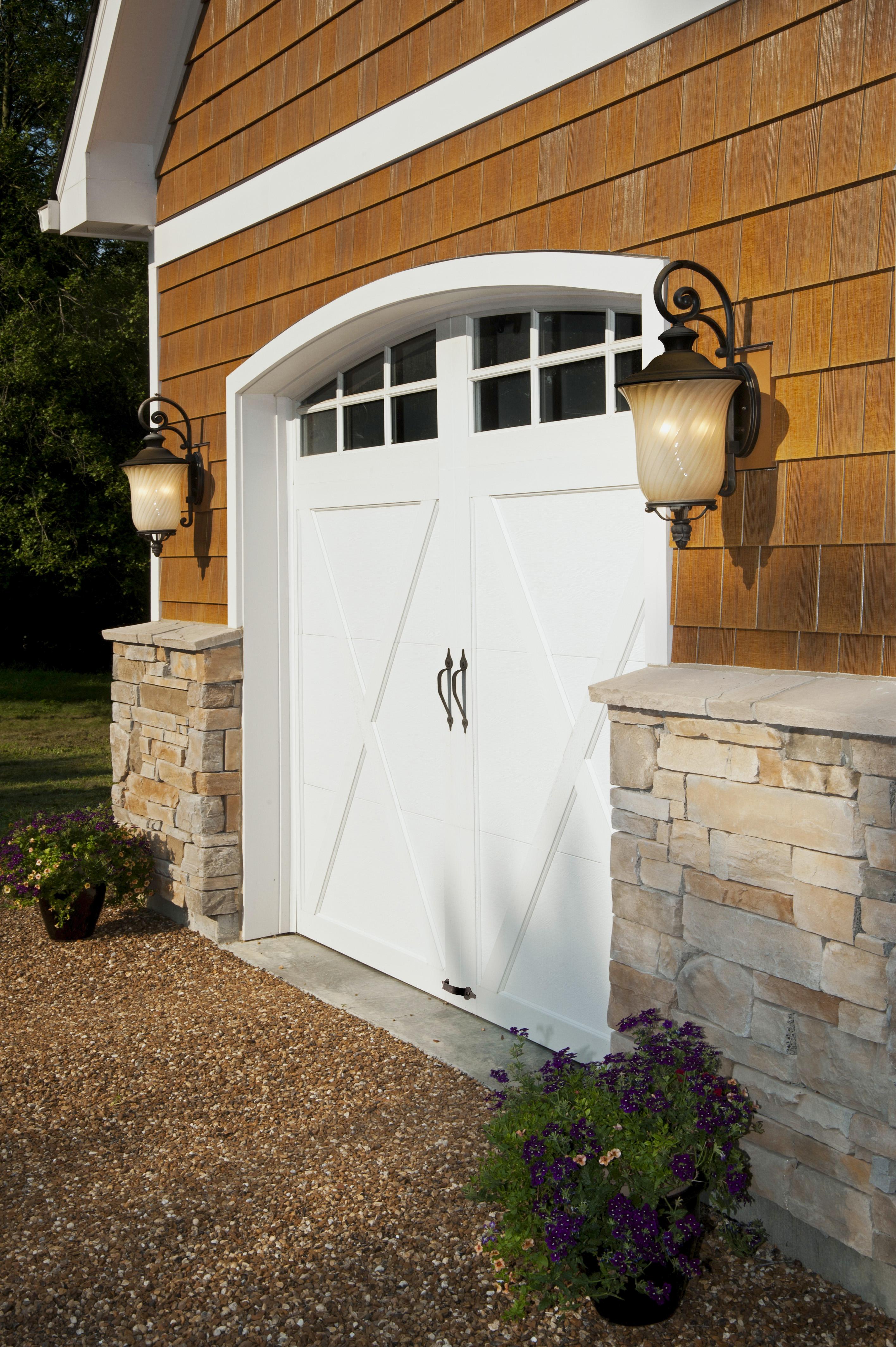 4256 #9D6B2E COACHMAN® Picture Gallery MAGNUM DOOR Call 604 530 8535 wallpaper Coachman Collection Garage Doors 36152832